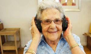 Intergenerational Silent Disco: Dementia Awareness Month